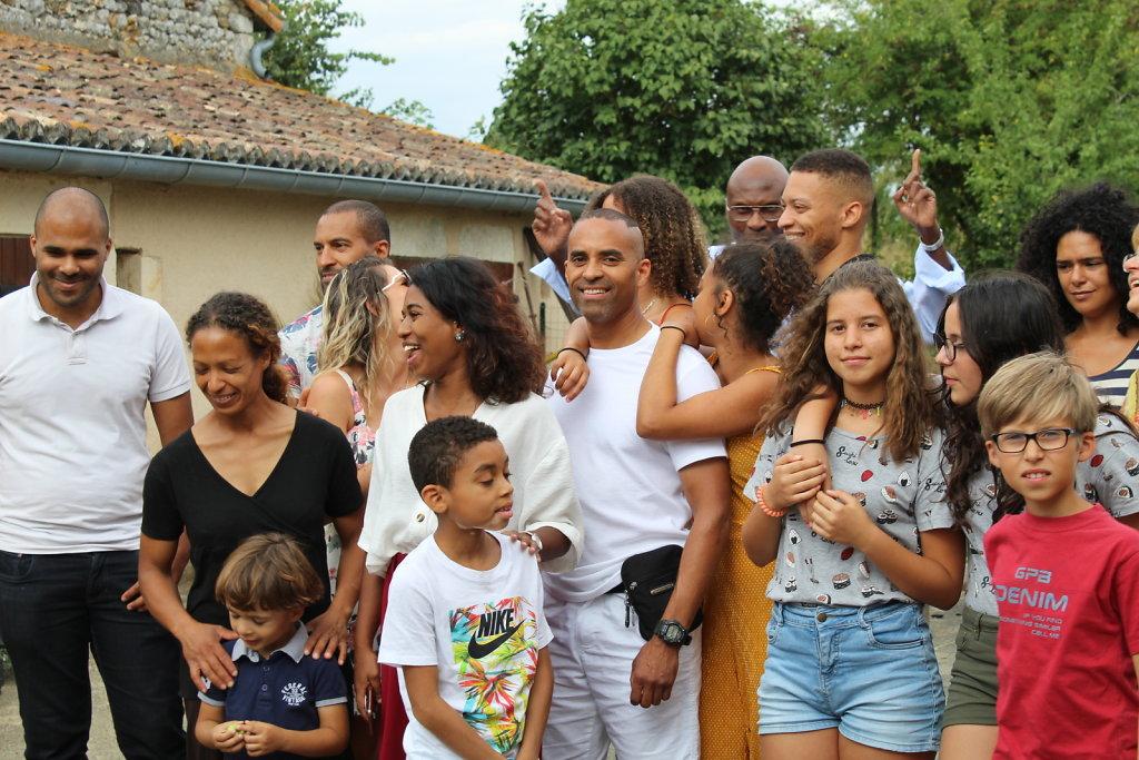 La-Grande-Famille-5.JPG